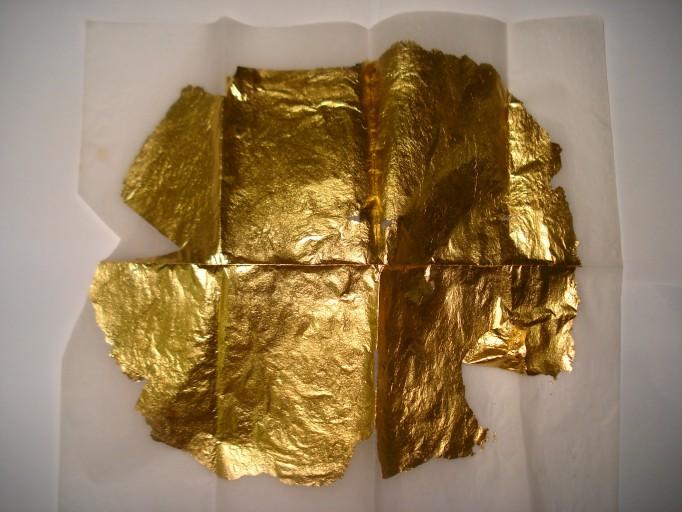 Pure_Gold_Foil_(Talai_Warq_or_Sonay_Ka_Warq)