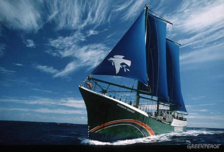 Rainbow Warrior, Tasman Sea, 1990. (c) Greenpeace/Grace